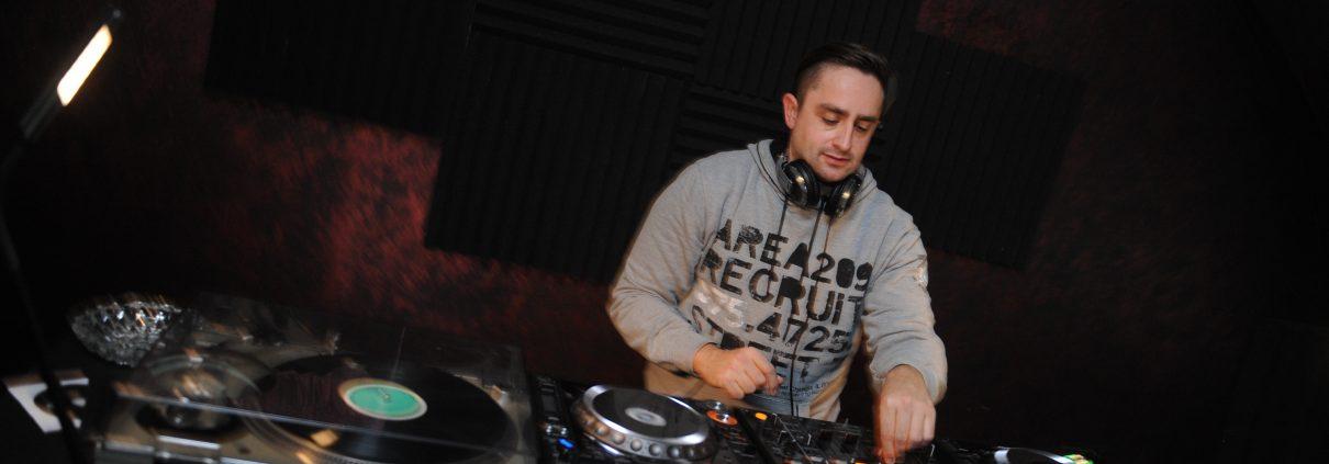 DJ Kris Adrian